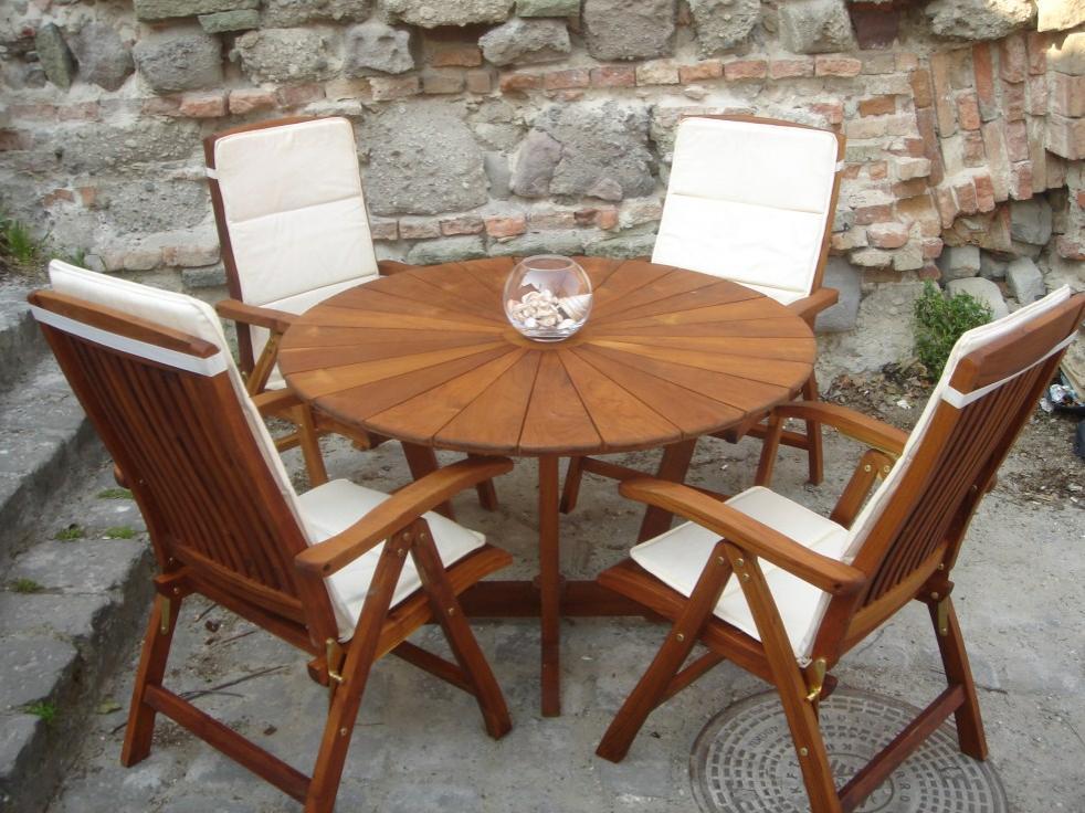 4 évszak kerti asztal és szék